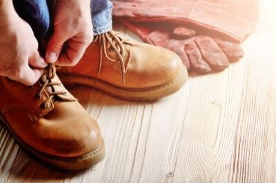how should safety boots fit
